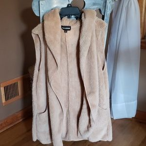 Light brown womens vest (Never worn)